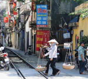 Railway-Hanoi9