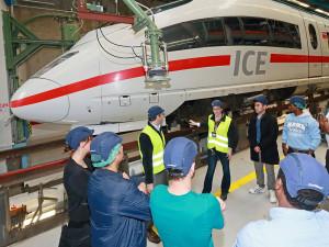 tn_de-db-ice-refugee-training